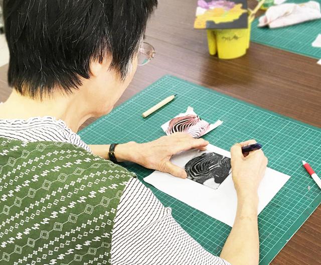 スクラッチアート体験講座/千葉の絵画教室
